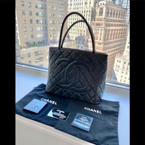 Auth CHANEL Medallion Black Lambskin Tote